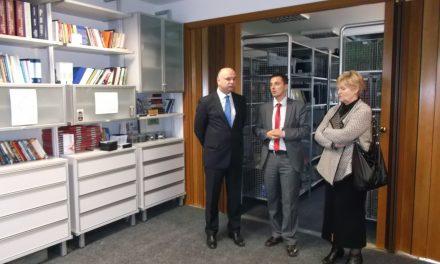 Ministar Goran Mutabdžija posjetio Biblioteku