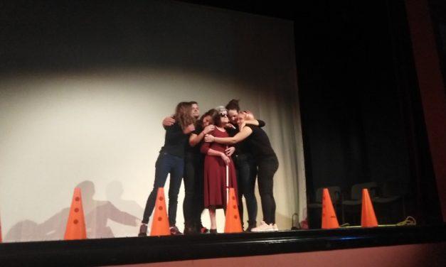"Predstava ""Čudesna priča o Helen Keler"" odigrana u Gradišci"