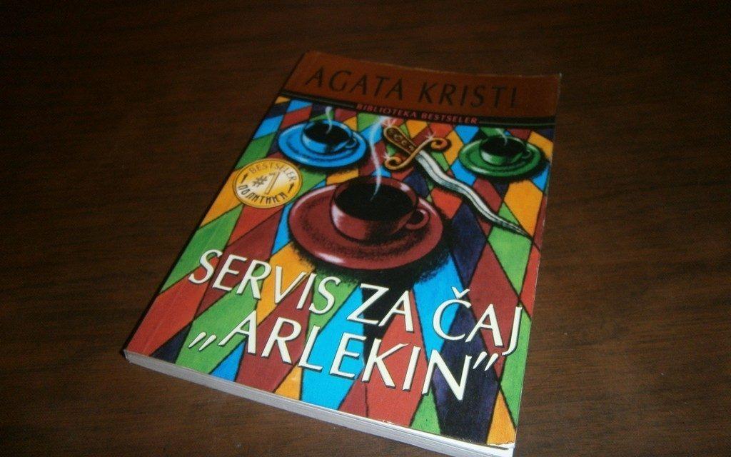 "Agata Kristi: Servis za čaj ""Arlekin"""